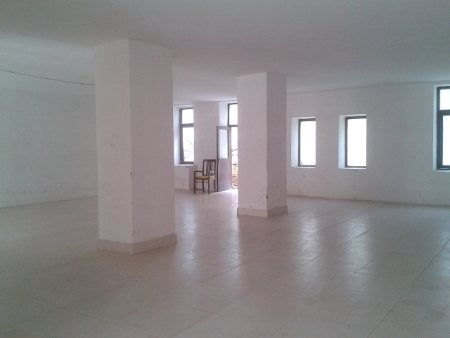 East facing house for rent in malleshwaram, bangalore.